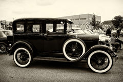Tappningbil Ford Model A (sepia) Arkivfoto