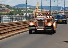 Tappningbil i Budapest, Ungern Arkivbilder