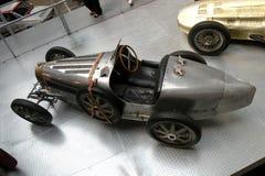 Tappningbil i det tekniska museet i Prague Royaltyfri Foto