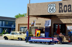 Tappningbil, Route 66, Seligman, Arizona, USA Arkivbild