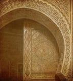 Tappningbild av forntida dörrar, Marocko Royaltyfri Bild