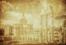 Tappningbild av forntida roman fora i Rome, Italien royaltyfri foto