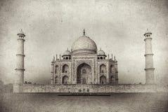 Tappningbild av Taj Mahal på soluppgång, Agra, Indien royaltyfri illustrationer