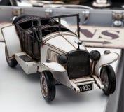 Tappningbilen modellerar royaltyfri fotografi