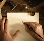 Tappningbokstav och kommunikationsbegrepp Kopieringsutrymme som överskrivar din text royaltyfria bilder