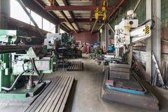 Tappningborrande, malning, roterande maskiner Royaltyfria Bilder