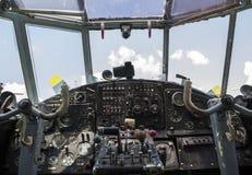 Tappningflygplancockpit Royaltyfri Foto