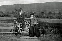 Tappningfoto 1903 av gamla par i Llangorse, Wales Royaltyfria Bilder