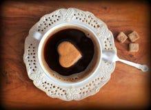 Tappningfoto av kaffekoppen Arkivfoton