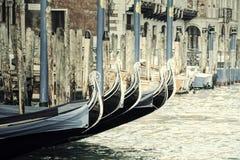 Tappninggondoler i Venedig, Italien Royaltyfri Foto