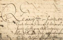 Tappninghandskrift med latinsk text bakgrund detailed för upplösningsfläckar för grunge hög paper tappning för textur Royaltyfri Foto