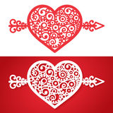 Tappninghjärta med en pilvektorbeståndsdel Royaltyfria Bilder