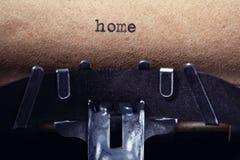 Tappninginskrift som göras av skrivmaskinen Royaltyfri Foto