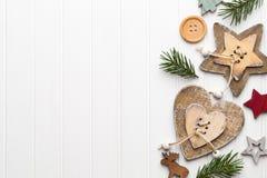 Tappningjulbakgrund med julgarnering Arkivbilder