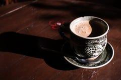 Tappningkoppkaffe Royaltyfri Foto
