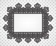 Tappningkortet med chrochet snör åt ramen Royaltyfria Bilder