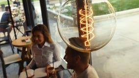 Tappningkula som symboliserar nya idéer Royaltyfri Bild