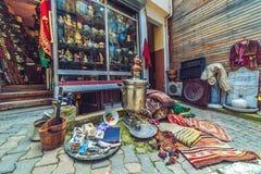Tappninglager i det Cukurcuma området i Istanbul royaltyfri fotografi