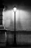 Tappninglampstolpe i Paris Royaltyfri Fotografi