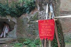 Tappningstil spetsar nära träd Spilamberto Italien Fotografering för Bildbyråer
