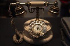 Tappningtelefonen royaltyfri fotografi
