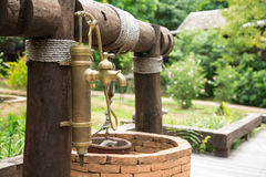 Tappningvattenkran Royaltyfri Fotografi