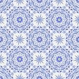 Tappningvit-och-blått sömlös modell royaltyfri illustrationer