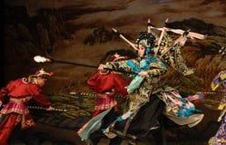 """Tappra allmänna generaler för PekingOpera"""" kvinnor av Yang Familyâ € royaltyfri foto"""