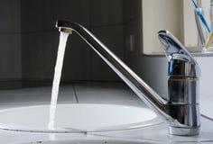 tapwater royaltyfri foto