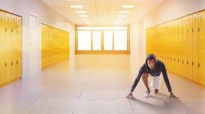 Taqueur dans le couloir d'école Photographie stock libre de droits