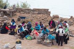 Taquile的传统社区, Titicaca湖,秘鲁 免版税库存照片