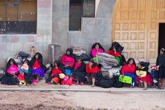 Taquile的传统社区, Titicaca湖,秘鲁 免版税库存图片