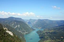 Tara góra i Drina jar rzeczny krajobraz Zdjęcia Royalty Free