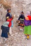 Tarahumara indier - kopparkanjon - Mexico arkivbilder