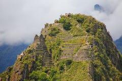 Tarasy i budynki na Huayna Picchu górze przy Mach Picchu Fotografia Stock