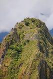 Tarasy i budynki na Huayna Picchu górze przy Mach Picchu Zdjęcia Royalty Free