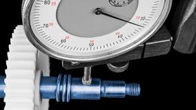 Tarcza wymiernik gdy mierzący dyszel z cogwheel Zdjęcie Stock