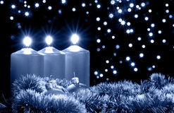 Tarde azul de la Navidad Imágenes de archivo libres de regalías
