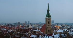 Tarde Bratislava en invierno Foto de archivo libre de regalías