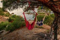 Tarde de la puesta del sol en de la playa Fotografía de archivo libre de regalías