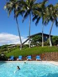 Tarde del verano en una piscina Fotografía de archivo libre de regalías