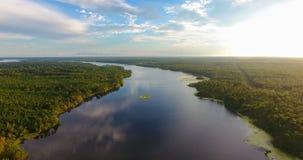 Tarde del verano sobre el lago grande creek en Semmes, Alabama imágenes de archivo libres de regalías