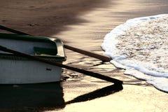 Tarde do barco de pesca imagens de stock
