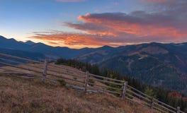 Tarde en la montaña Imagen de archivo libre de regalías
