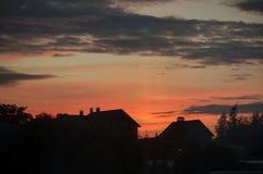 Tarde en la noche en la puesta del sol fotografía de archivo libre de regalías