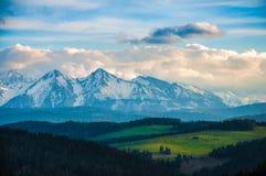 Tarde en las montañas Imagen de archivo libre de regalías