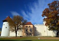 Tarde ensolarada do outono do castelo de Kezmarok imagem de stock royalty free