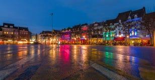 Tarde Maastricht El centro histórico, Vrijthof Foto de archivo
