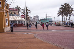Tarde mojada cubierta en frente al mar en Durban Suráfrica Fotos de archivo