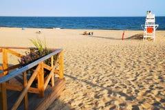 Tarde principal del este del verano de la playa del ` s de Hampton en la playa Imagen de archivo